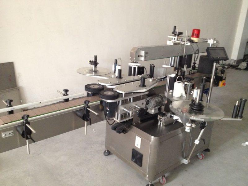 चीन बीयर बाटली डबल साइड स्टिकर लेबलिंग मशीन, स्वयंचलित स्टिकर लेबलिंग मशीन पुरवठादार