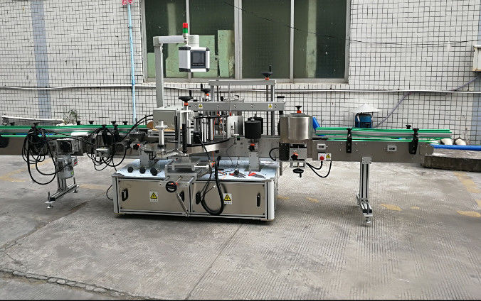 सर्वो मोटरसह दोन साइड स्वयंचलित स्टिकर लेबलिंग मशीन