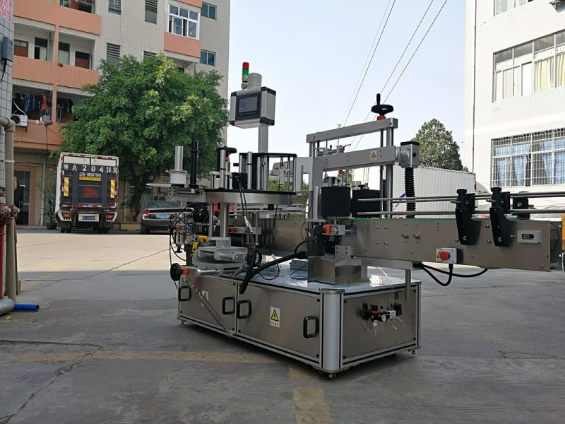 सिंगल लेबल सप्लायरसह चीन हाय-स्पीड ऑटोमॅटिक थ्री साइड स्क्वेअर बॉटल लेबल अॅप्लिकेटर मशीन